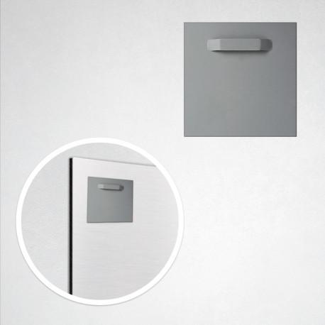 Accroche adhésive métal (8 cm)